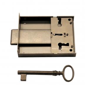 Kastenschloss mit vorstehendem Stulp Eisen blank verschiedene Dornmaße